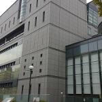 大阪市立中央図書館で自習はできる?食堂完備で便利な空間