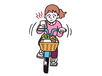 自転車のスマホで片手運転はNG
