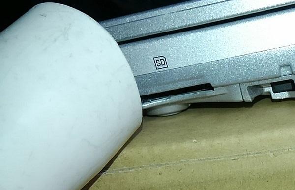 SDカードスロット2